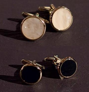 Butoni aurii cu negru/alb
